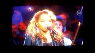 Mary J Blige sings the Star Spangled Banner