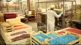 Пищевая фабрика / Food factory (1 серия)  - Овощной суп, жевательные конфеты, виски, бриошь.