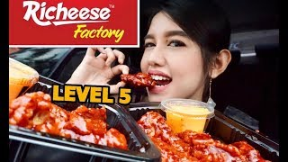 RICHEESE FIRE WINGS LEVEL 5 CHALLENGE | Eating Show