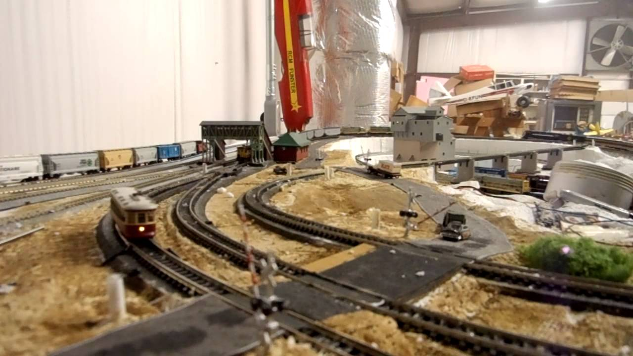 N Scale Model Railroad Servo Powered Crossing Gates Youtube