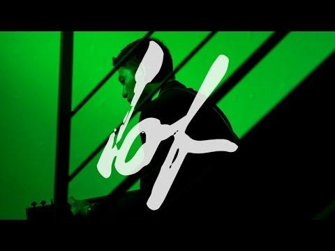 Max Jenmana – วันหนึ่งฉันเดินเข้าป่า (Into the Woods) feat. หญิง พรปวีณ์ | Official Video