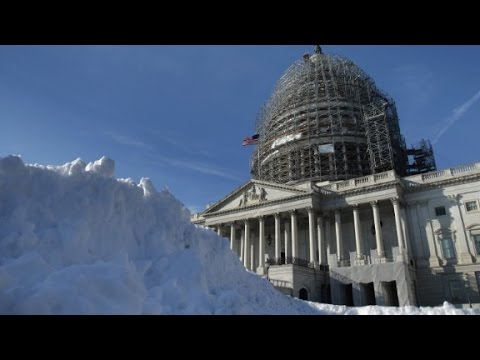 Mayor: Snowstorm has 'life and death implications'