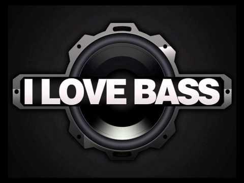 White Gangster - OMG Bass Boost