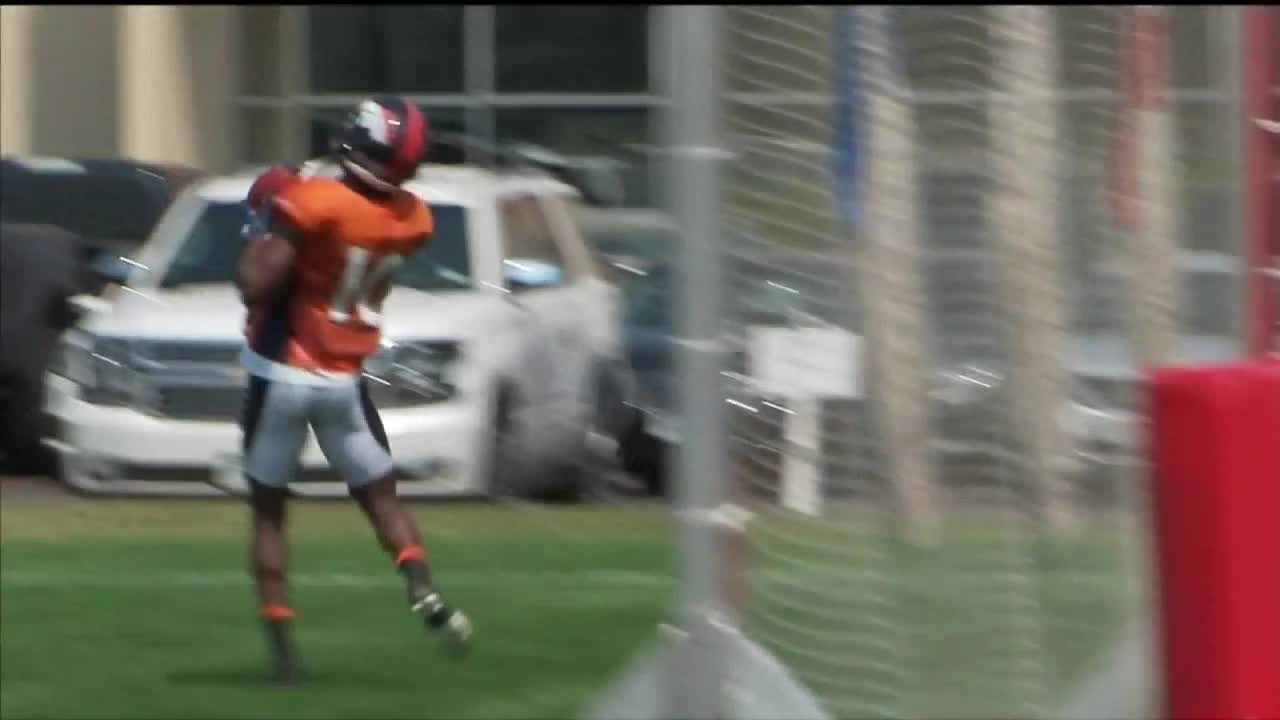 26ea6f6ad Vance Joseph, Case Keenum embrace new backup Broncos QB - YouTube