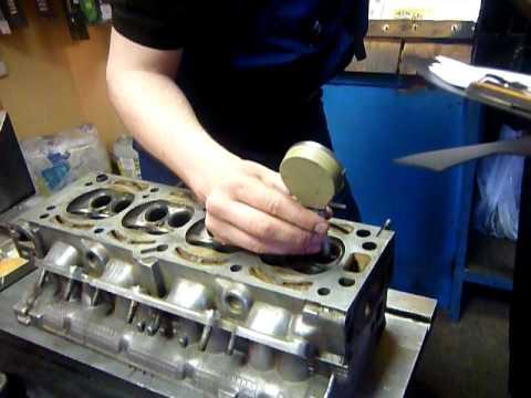 Opel Vectra B реле топливного насоса - YouTube