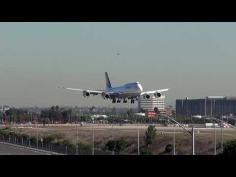 Lufthansa Boeing 747 8 Landing at Los Angeles Intl Airport LAX
