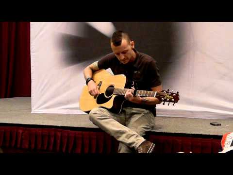 Linkin Park - Sydney Summit - The Messenger - Acoustic Version