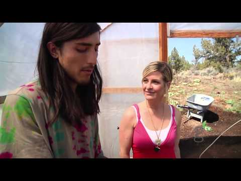Going Raw with Natalie Good Earth Gardens Visit