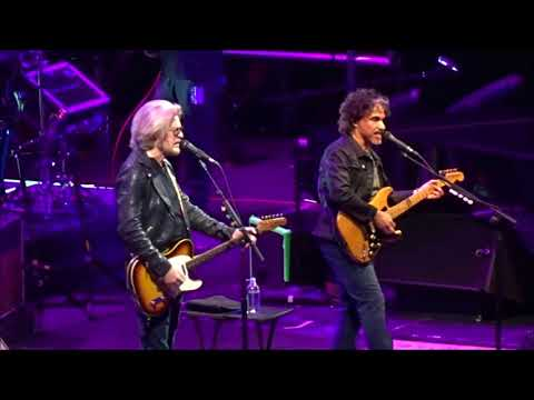 Hall and Oates  - She's Gone - Live in Dublin 29th October 2017