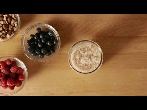 Healthy Hack: DIY Instant Oatmeal Jars