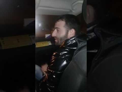 Армянин жжет в такси)))