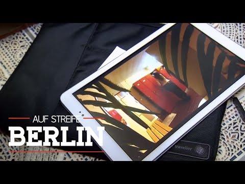 Versteckte Kamera im Schwimmbad | Auf Streife - Berlin | SAT.1 TV