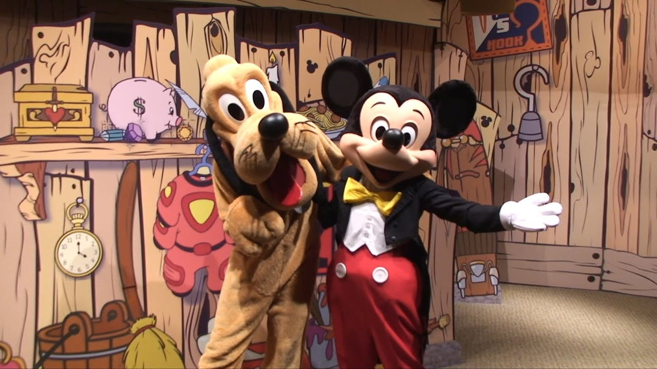 Mickey mouse and pluto meet us at disneys visa photo place epcot mickey mouse and pluto meet us at disneys visa photo place epcot meet and greet m4hsunfo Choice Image