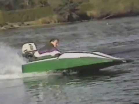 petit bateau 8 pied fait maison avec moteur 25 hp youtube. Black Bedroom Furniture Sets. Home Design Ideas