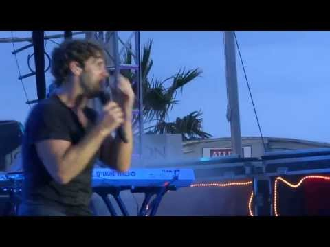 Billy Currington/Let Me Down Easy/Clearwater