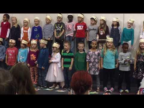 Sloane's Kindergarten Thanksgiving 2016 Performance