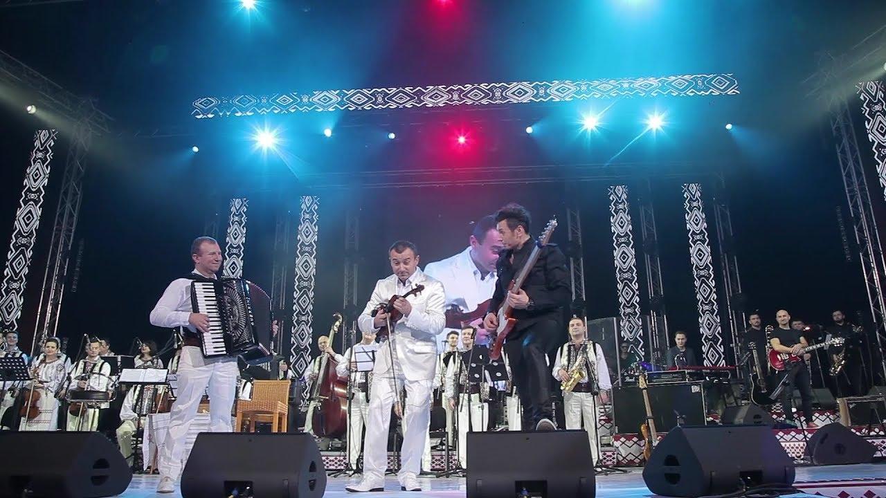 Download Orchestra fraților Advahov & Alex Calancea Band - Dialog muzical