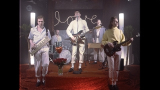 Download Love Hotel Band - Diamant (Official Video) Mp3 and Videos