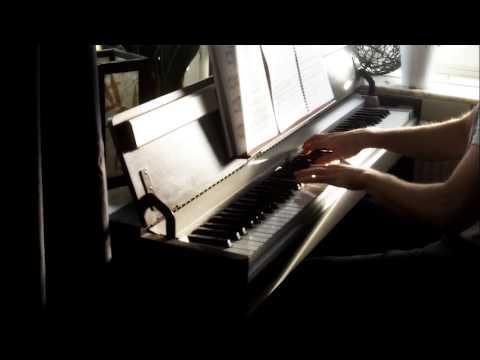 Mega Man 3 Intro on Piano Full Version