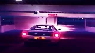 Смотреть клип Timecop1983 Feat. Dana Jean Phoenix - Don'T Let Go