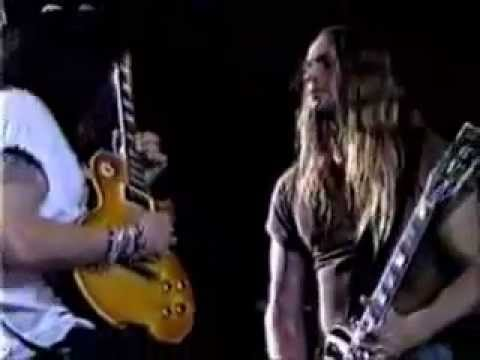 Slash & Zakk Wylde - Voodoo Child (Jimi Hendrix Cover)