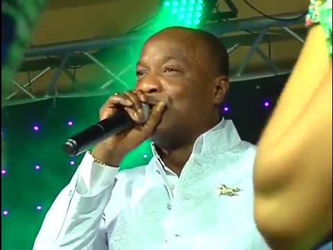 Koffi Olomide Chante Tabu Ley (Concert Officiel)