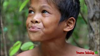 Primitive Technology - Eating delicious - Cooking chicken wing