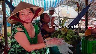 Vietnam    Thanh Binh Rural Market    Dong Thap Province