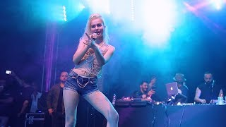 Aleyna Tilki - Sen Olsan Bari Oberhausen Konseri 04.05.2018 Galatasaray Gomis Video