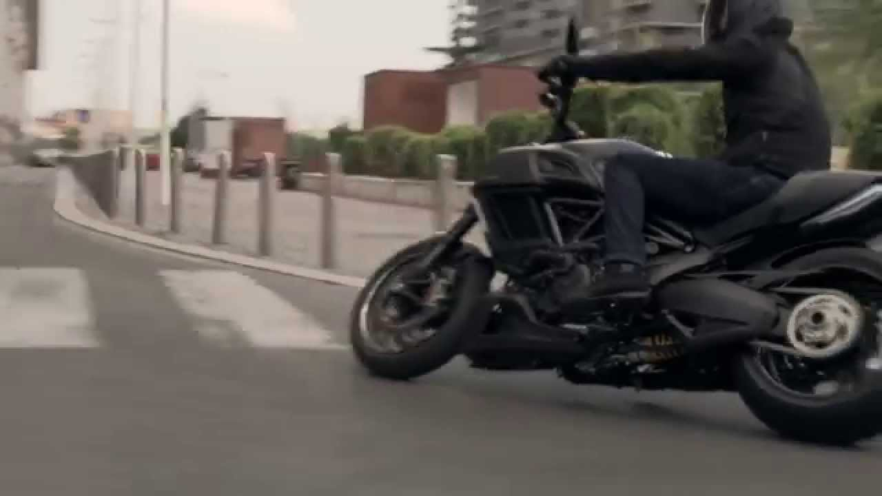 Ducati Diavel Carbon 2016 Official Video Youtube
