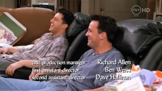 Момент из сериала 'Друзья'  Джо и Чендлер
