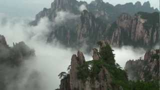Husng Shan / Yellow Mountain, the most beautiful mountain in China.
