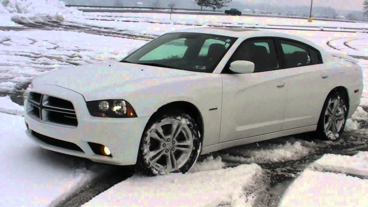 2011 Dodge Charger R T AWD Snow Fun