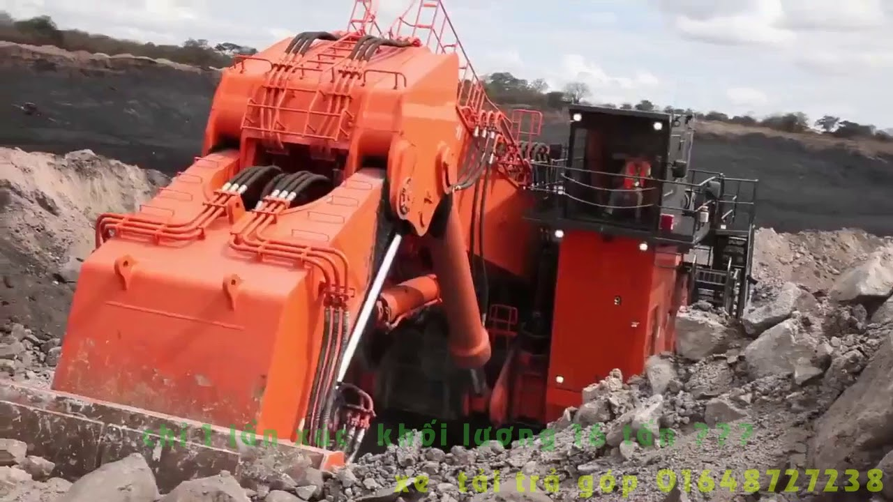 Máy xúc lớn nhất thế giới Hitahci EX8000 , nặng 811 tấn , 1 lần xúc lớn nhất 16 tấn