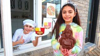 Heidi e Zidane em: BRINCADEIRAS DE CRIANÇAS - Quem pegou o meu chocolate?