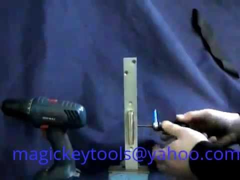 Самоимпрессия MOTTURA   Magic key NR 3 Вскрытие замка Mottura 3+3 методом самоимпрессии.