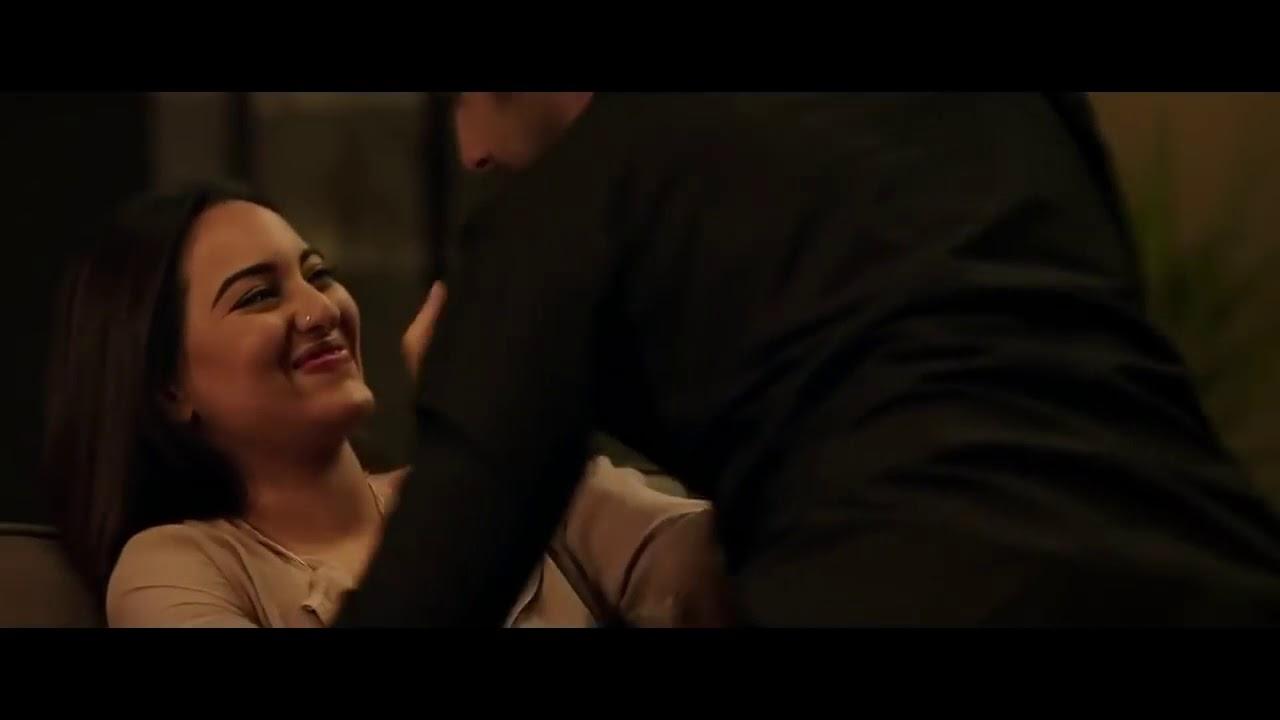 Sonakshi Sinha MMS Video Leaked   Latest Bollywood Gossip