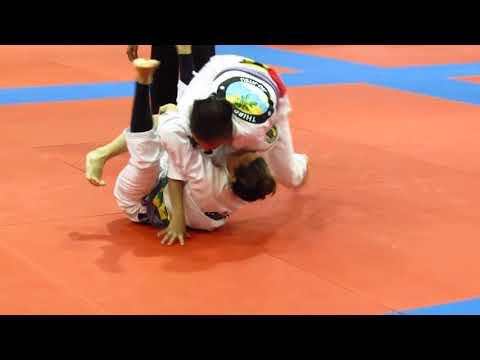 Veronica Mota Messina (Revolution Dojo) with the Bow Choke at IBJJF Miami Open 2013