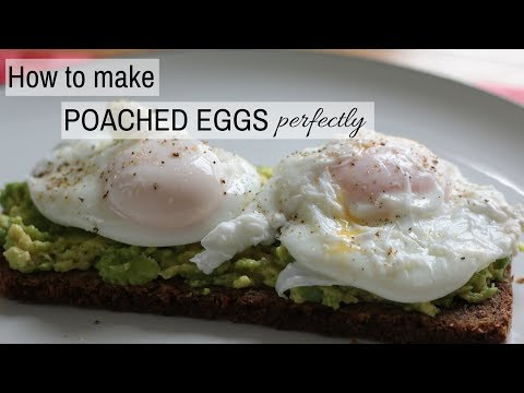 HOW TO MAKE POACHED EGGS [VIDEO]