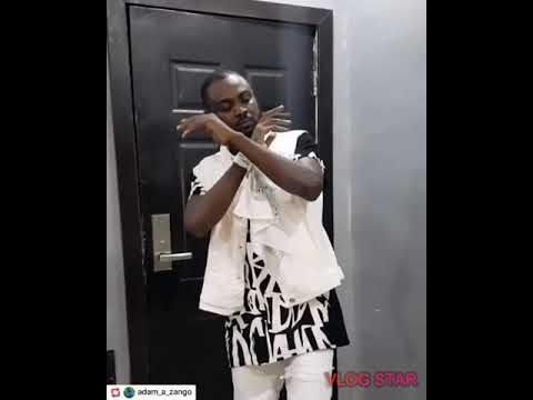 Download Kalli yadda adam a zango yake rawa