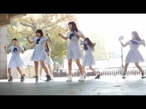 少女交響曲~GirlsSymphony~ガールズシンフォニー 平成28年11月20日のイベント3曲目(/5)。 6人で、DorothyLittleHappyの「デモサヨナラ」を カバー...