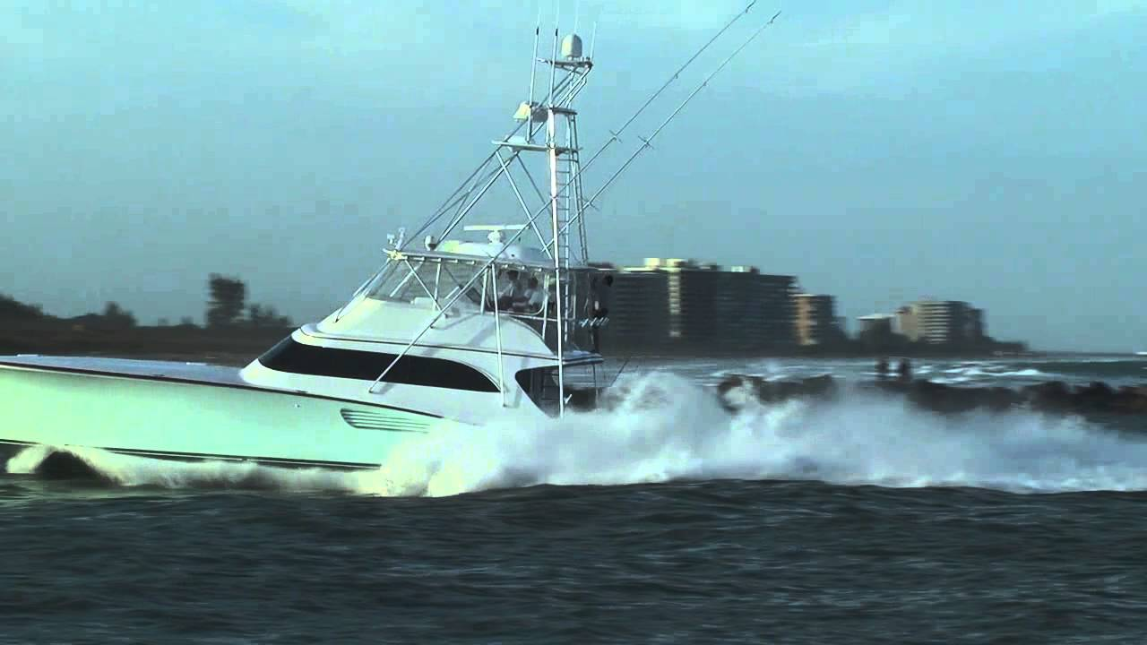 Sport Fishing Boat Running Hard 01122013 1 Youtube