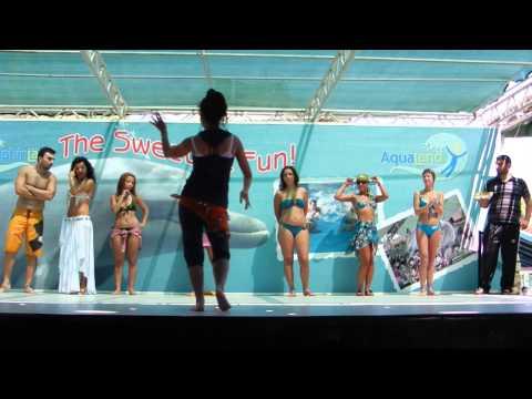 Мужчинка уделал девок в танце живота... - Видео с YouTube на компьютер, мобильный, android, ios