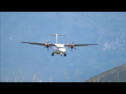 Pesawat Wings Air Landing dan Take Off di Bandara Wamena Papua