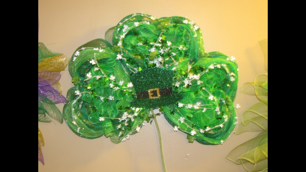 How To Make Carmens St Patricks Day Shamrock Wreath Made With