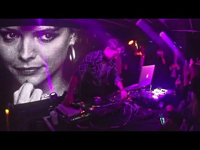 CANNES #2015 SHOWCASE  DJ : Mark Ronson - Villa Schweppes