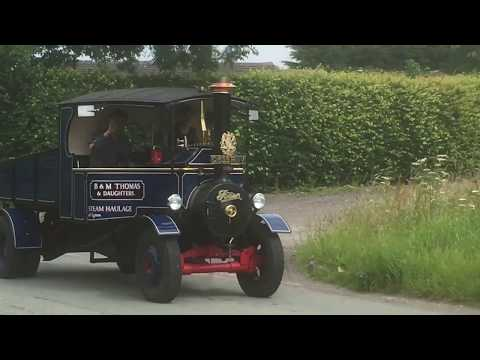steam vehicle on the road to warrington ...!!!!!