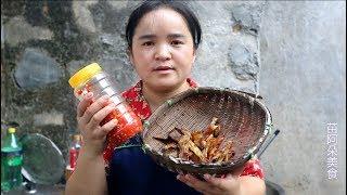 苗大姐剁辣椒炒腊鱼,除了骨头什么都不剩下