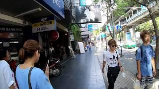 Walking in Bangkok, Thailand   Si Lom Road, Lumphini Park Series Part 9