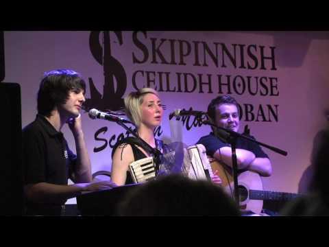 """Going Home"" - Angus MacPhail at the Skippinish Ceilidh House"